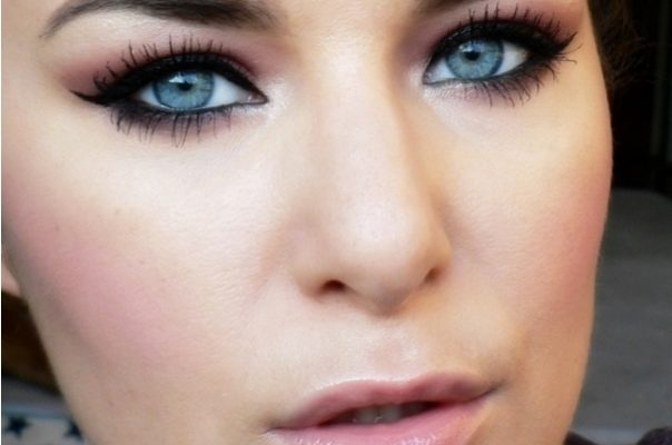 how to make blue and green eyes pop – Alter Ego Style