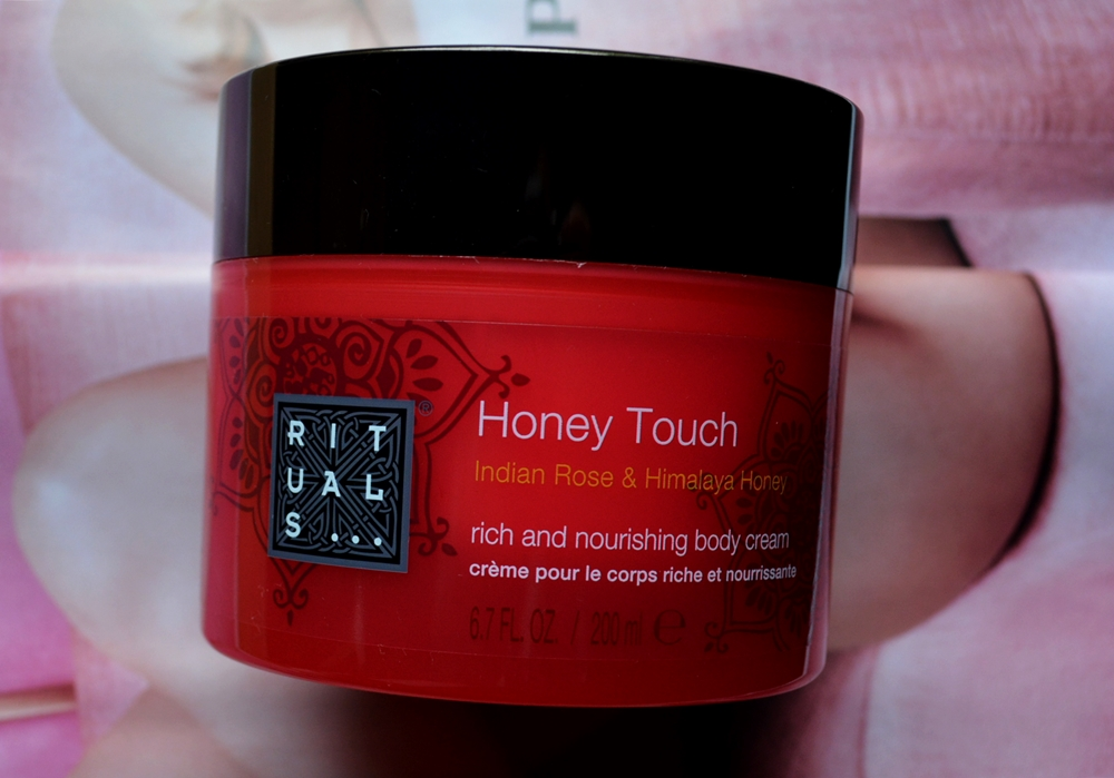 RITUALS... AYURVEDA HONEY TOUCH BODY CREAM (3)