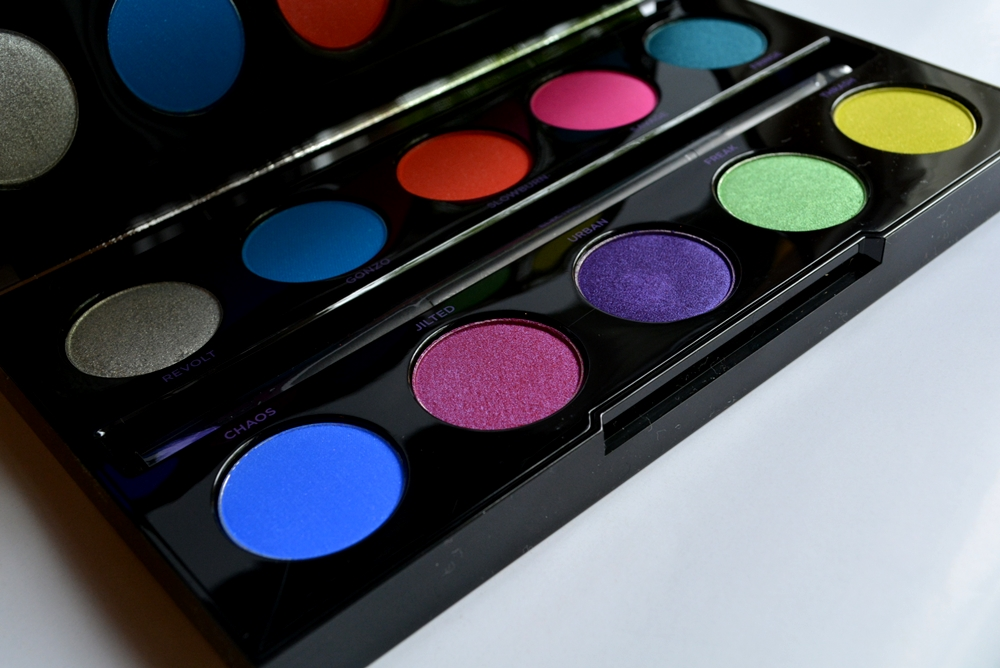 URBAN-DECAY-ELECTRIC-PALETTE (2)