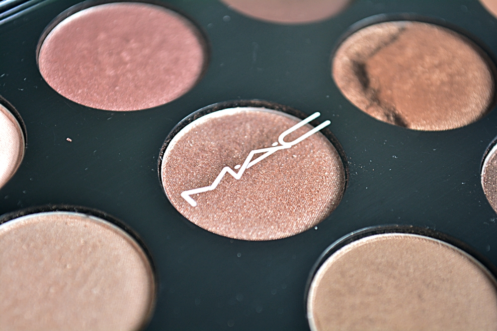 MAC WARM EYESHADOW PALETTE