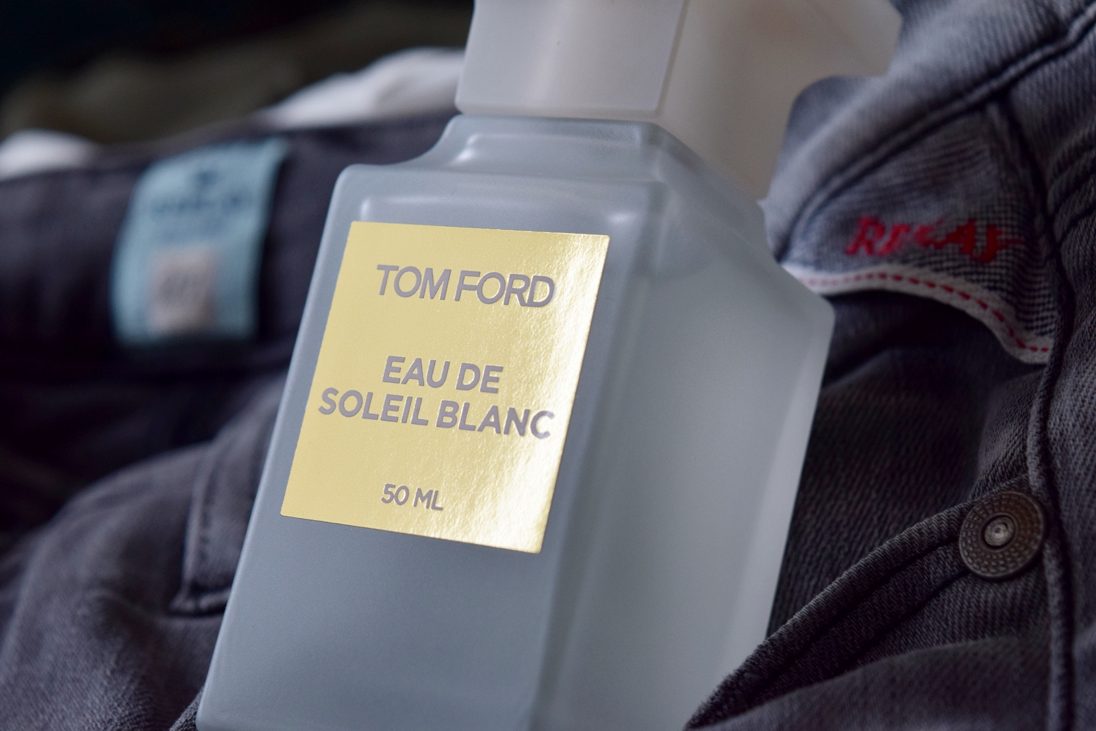 ... days and summer is just around the corner, I ve decided to give you a  review of the new 2018 release from Tom Ford private blend, Eau de Soleil  Blanc. c2eef00056b6